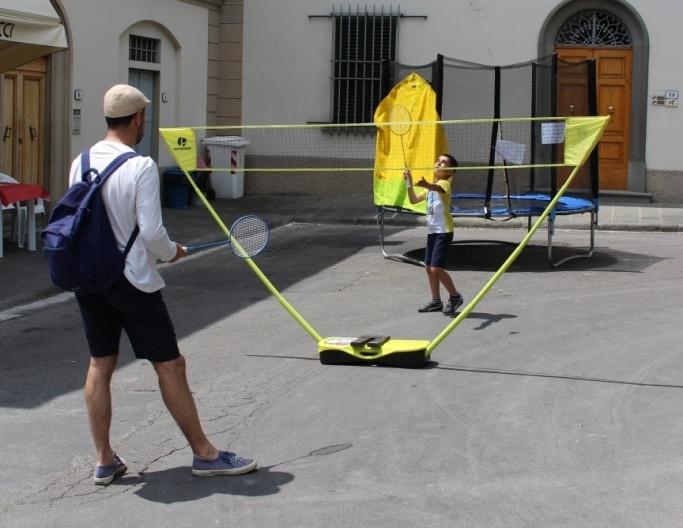 Badminton! - Una partita mozzafiato?!! Ma certo! Con il nostro Badminton tutti possono sperimentare la leggerezza e il divertimento del volano! Provare per credere!