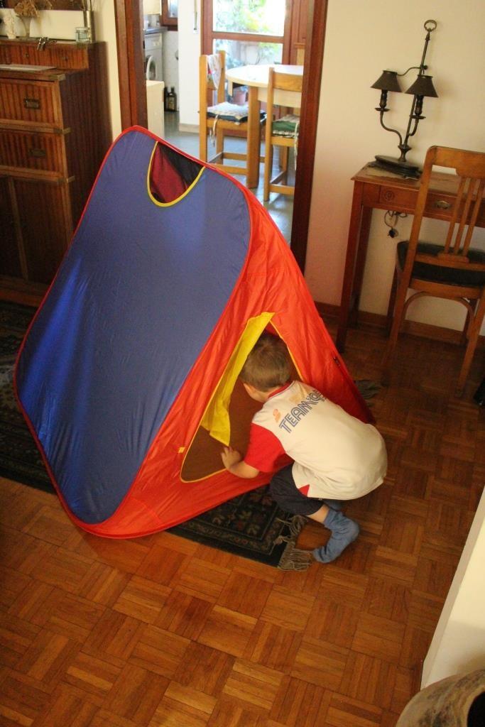 Tenda degli Esploratori - Giocare agli esploratori è quasi d'obbligo! Ecco la tenda per farlo!